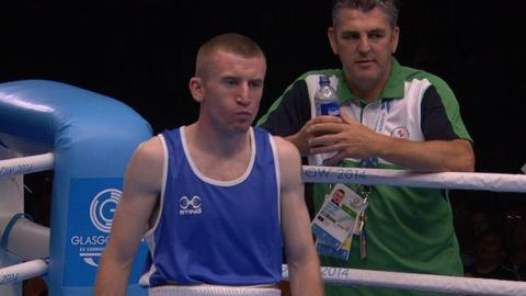 Paddy Barnes through to semi's with TKO