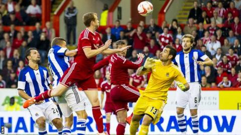 Mark Reynolds put Aberdeen 2-1 ahead against Real Sociedad