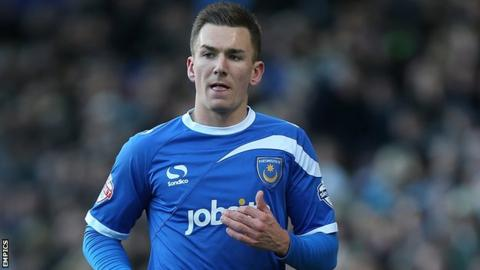 Jed Wallace second-half strike draws Portsmouth level against Exeter.