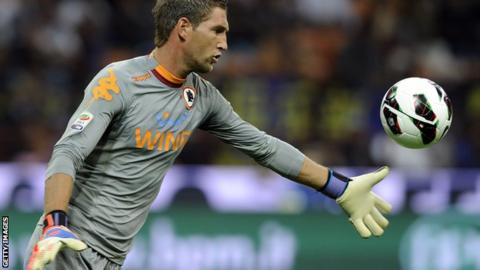 Keeper Maarten Stekelenburg in action
