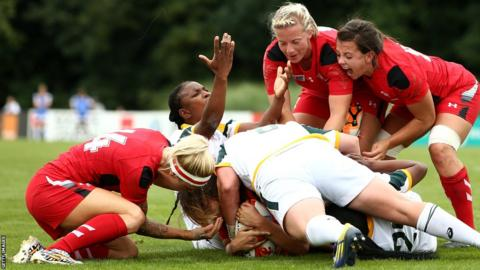 Sioned Harries goes over for Wales Women against South Africa Women at the Rugby World Cup in France