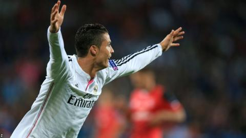 Ronaldo celebrates after doubling Real Madrid's lead in the second half.