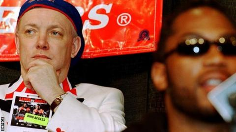 Frank Maloney (l) with Lennox Lewis