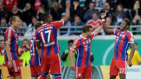 David Alaba celebrates his goal with Holger Badstuber, Philipp Lahm, Jerome Boateng and Xherdan Shaqiri