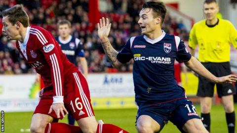 Marc Klok (right) has left Ross County