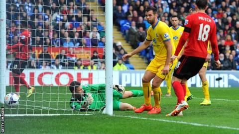 Crystal Palace's Joe Ledley scores against Cardiff City