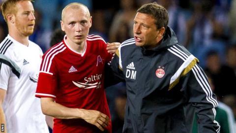 Willo Flood and Aberdeen manager Derek McInnes