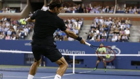Roger Federer in action against Marinko Matosevic