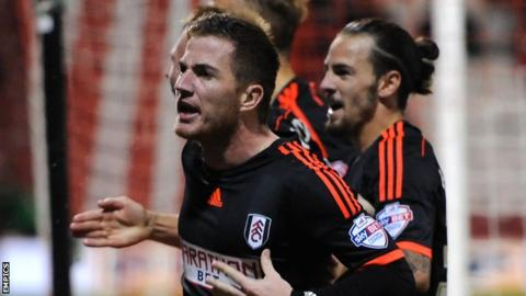 Ross McCormack celebrates his goal against Brentford with Fulham teammates
