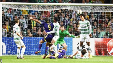 Marcos Tavares scores for NK Maribor against Celtic