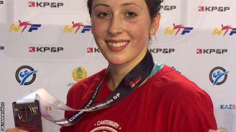 Jade Jones with her silver medal