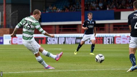 Leigh Griffiths scores for Celtic against Dundee