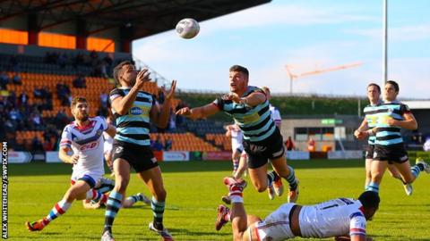 London Broncos v Wakefield