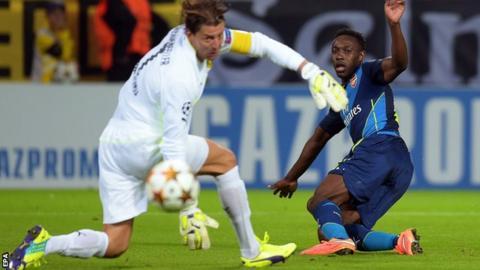 Arsenal striker Danny Welbeck in action against Borussia Dortmund