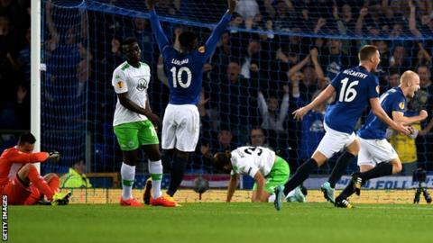 Everton Europa league win over Wolfsburg