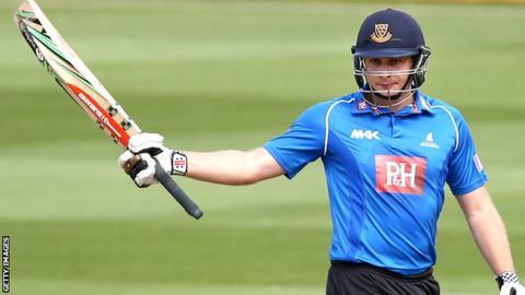 Sussex all-rounder Luke Wright
