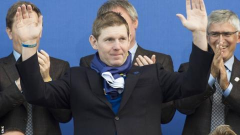 Stephen Gallacher at the closing ceremony