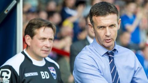 Ross County assistant Billy Dodds and manager Jim McIntyre