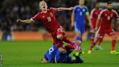 Jonathan Williams in action for Wales against Bosnia-Hercegovina