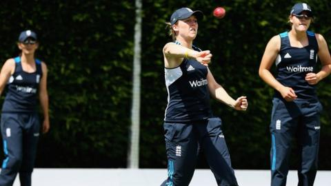 Heather Knight trains with England