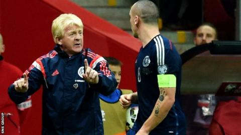 Manager Gordon Strachan passes on instructions to captain Scott Brown