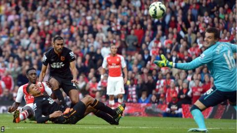 Danny Welbeck equalises for Arsenal