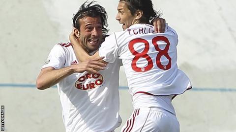 Gianvito Plasmati (left) scores for Varese