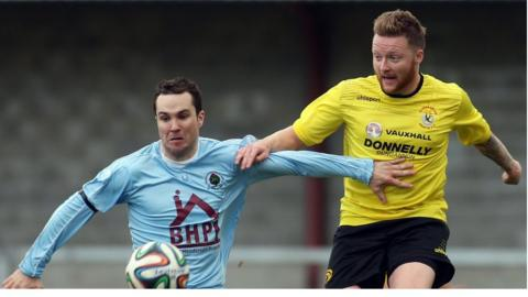 Institute's Mark Forker and Matt Hazley of Dungannon Swifts in action during the 1-1 draw at Drumahoe