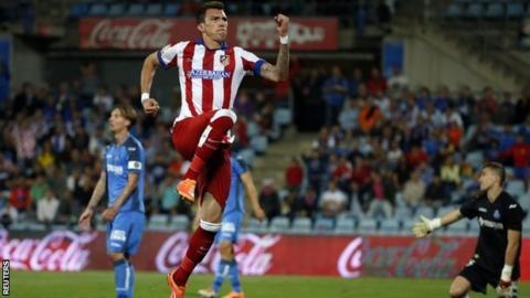Mario Mandzukic celebrates