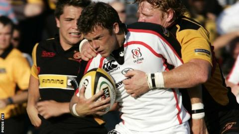 Bryn Cunningham in action against the Dragons in 2006