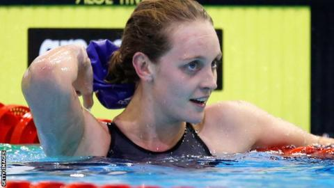 Fran Halsall wins gold again in Singapore