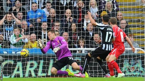 Ayoze Perez scores the winner for Newcastle against Liverpool