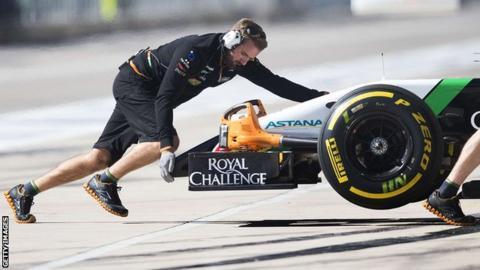 Force India pit lane