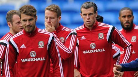 Wales' Aaron Ramsey and Gareth Bale