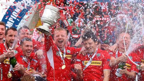 Cliftonville celebrate winning the League Cup last season