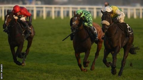 Many Clouds wins the Hennessy Gold Cup at Newbury