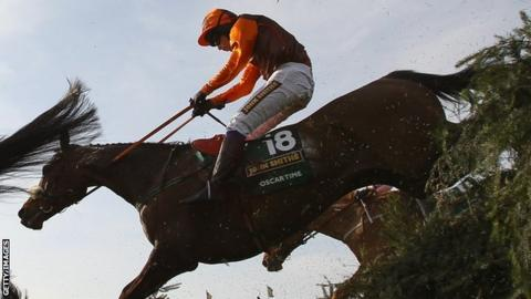 Sam Waley-Cohen on Oscar Time in the 2011 Grand National