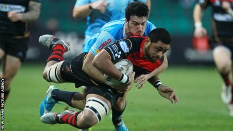 Dragons number eight Taulupe Faletau injured his ankle in the win against Zebre