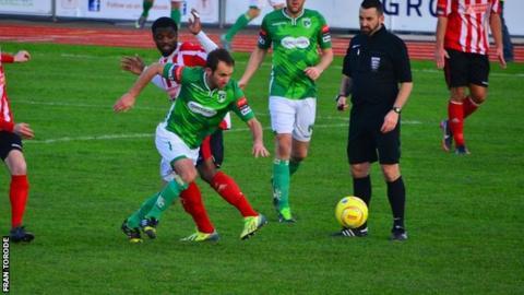 Guernsey FC vs Redhill