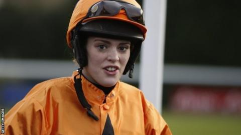 Lizzie Kelly after her Warwick win