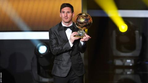 Lionel Messi wins the Fifa Ballon d'Or for a fourth consecutive time in January 2013