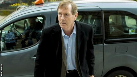 Dave King wants to sit on the board at Ibrox again