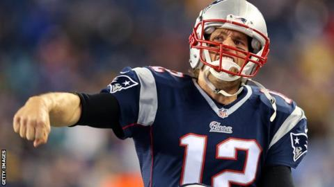 Tom Brady three four touchdowns in the win over Indianapolis