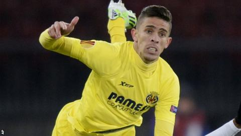 Gabriel Paulista in action for Villarreal