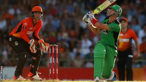 Kevin Pietersen hits a six with a switch hit but it could not prevent defeat