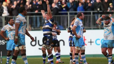 Stuart Hooper celebrates Bath's win