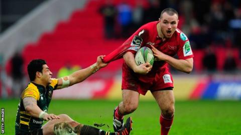 Ken Owens in action for Scarlets