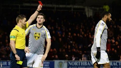 Steven McLean sends off St Mirren striker Yoann Arquin