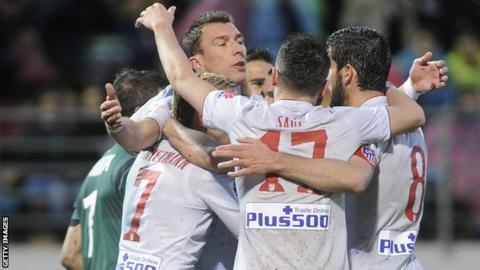 Atletico Madrid celebrate a Mario Mandzukic goal