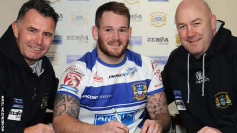 Workington Town signing Steve Scholey